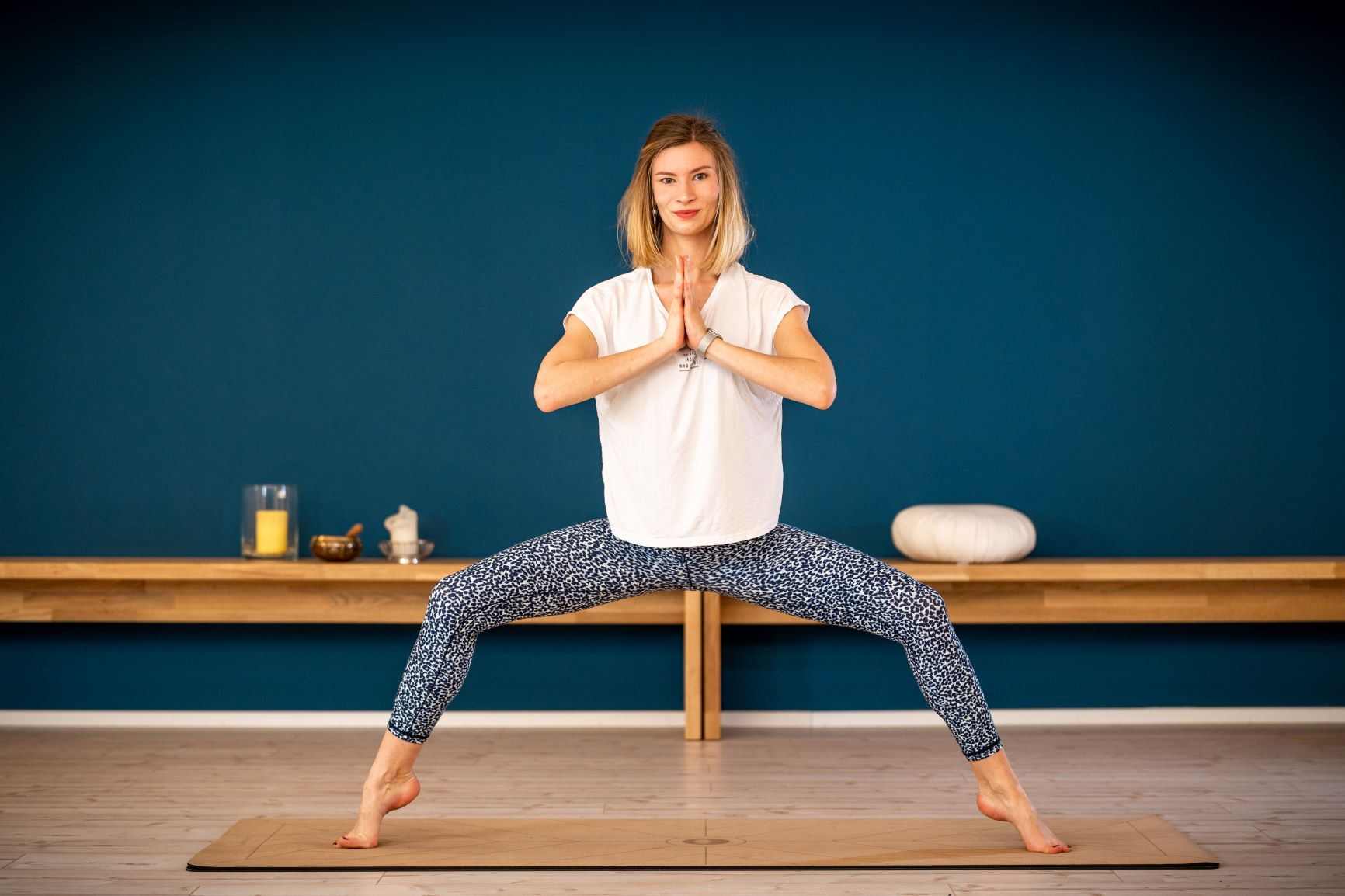 jana-hatha-flow-yoga